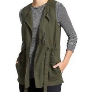 Athleta Wanderbout Linen Vest Army Green Small